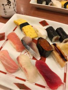 退院後はじめてのご飯はお寿司