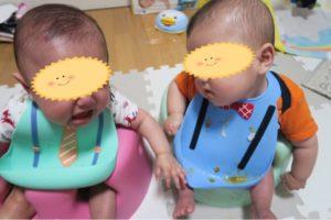 離乳食中の双子