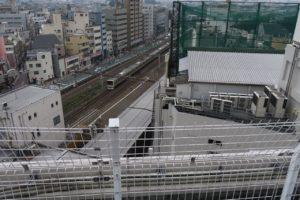 荻窪タウンセブン「あおぞらぱーく」から見える電車