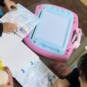 【1週間目】リモートワークをしながら3歳児2人のワンオペ!【保育園休園】