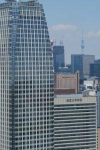 オープンエア外階段ウォーク | 東京タワーからスカイツリー