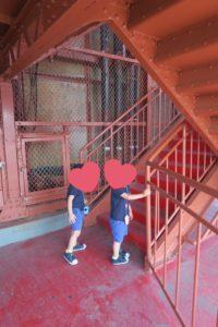 オープンエア外階段ウォーク